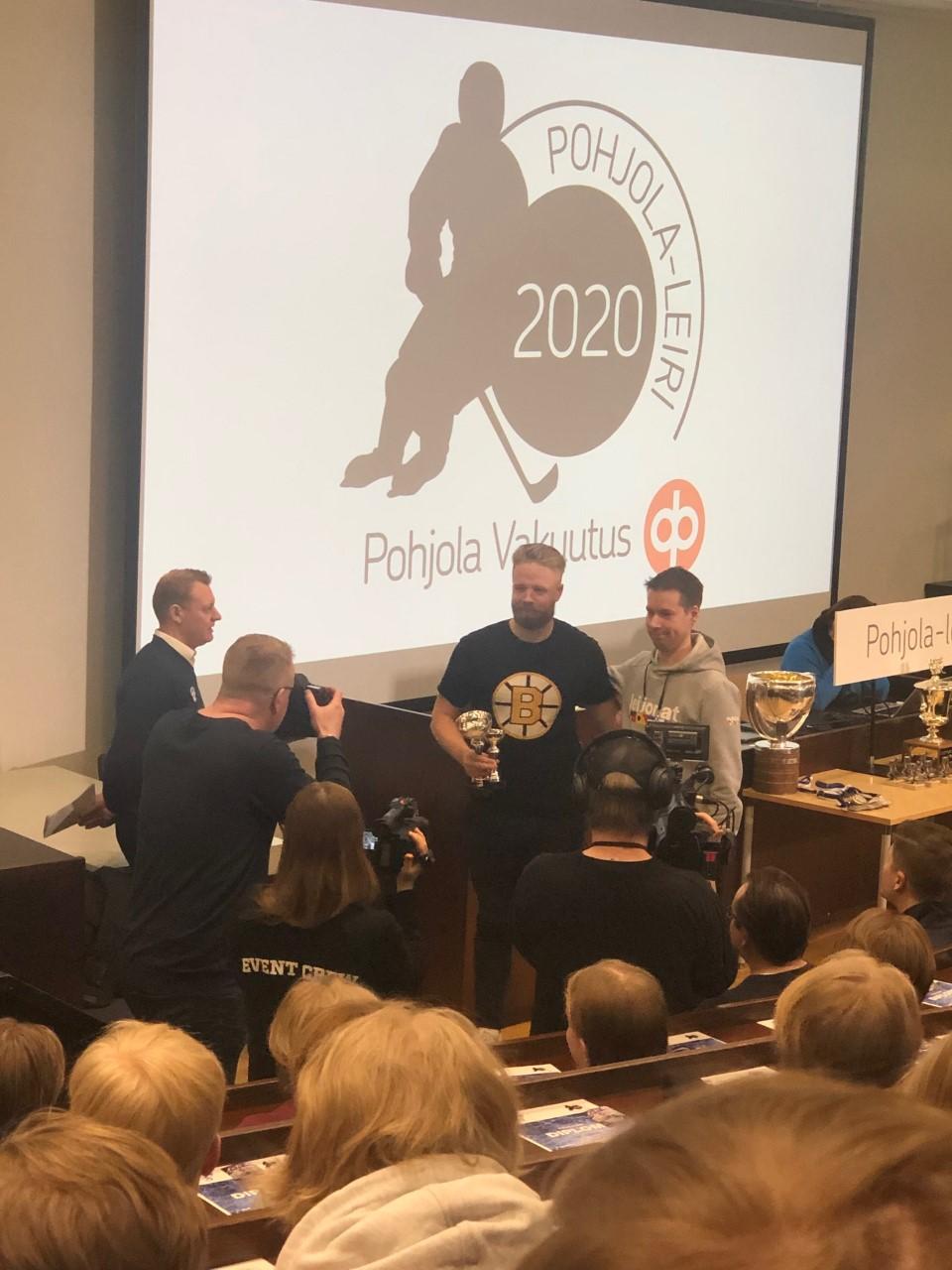 Kuva Pohjola-leiri 2020 palkintotilaisuudesta.